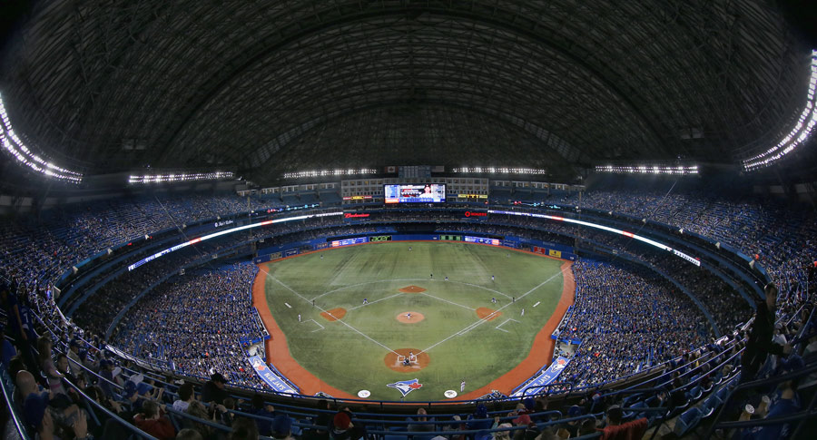 Blah ? the Rogers Centre with the roof closed