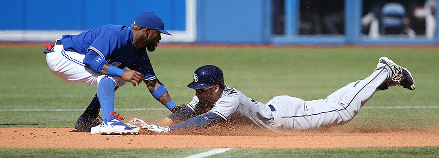 Kevin Kiermaier is tagged out at second base by Jose Reyes