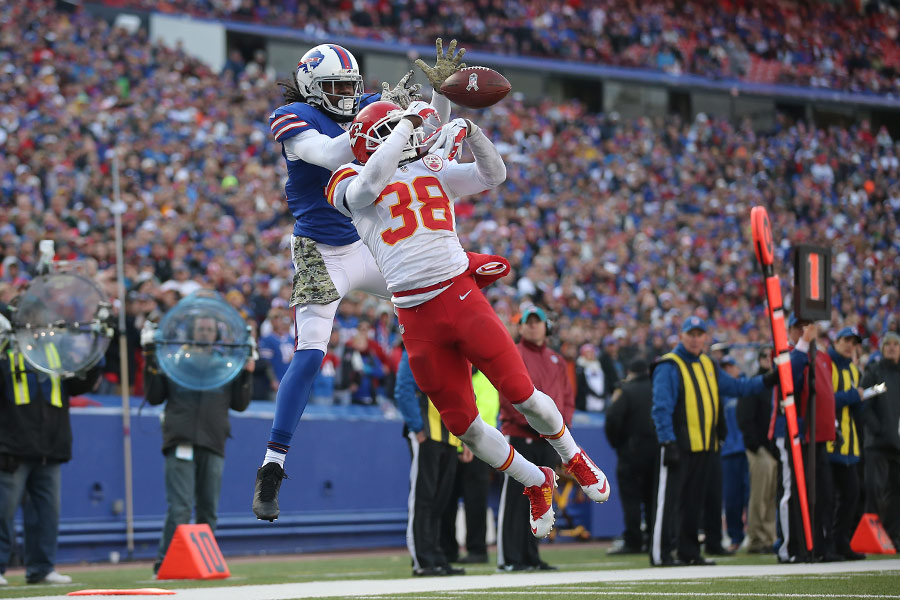 Ron Parker of the Kansas City Chiefs breaks up a pass intended for Sammy Watkins of the Buffalo Bills