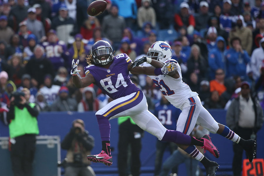 Cordarrelle Patterson of the Minnesota Vikings cannot get to an overthrown pass as Leodis McKelvin of the Buffalo Bills tries to cover