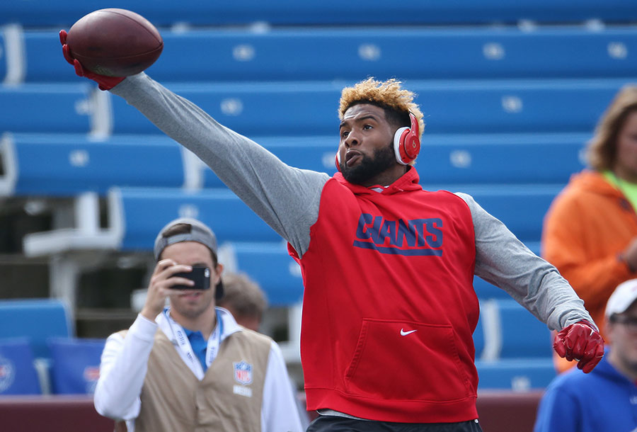 Odell Beckham makes one of his trademark one-handed catches during pre-game warmups