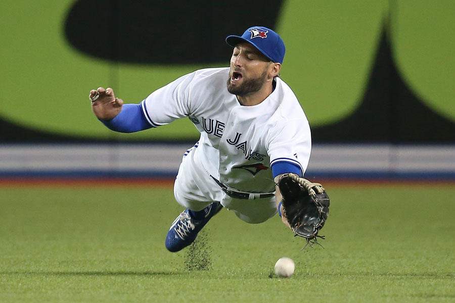 Kevin Pillar dives but cannot get to a single hit by Ian Kinsler