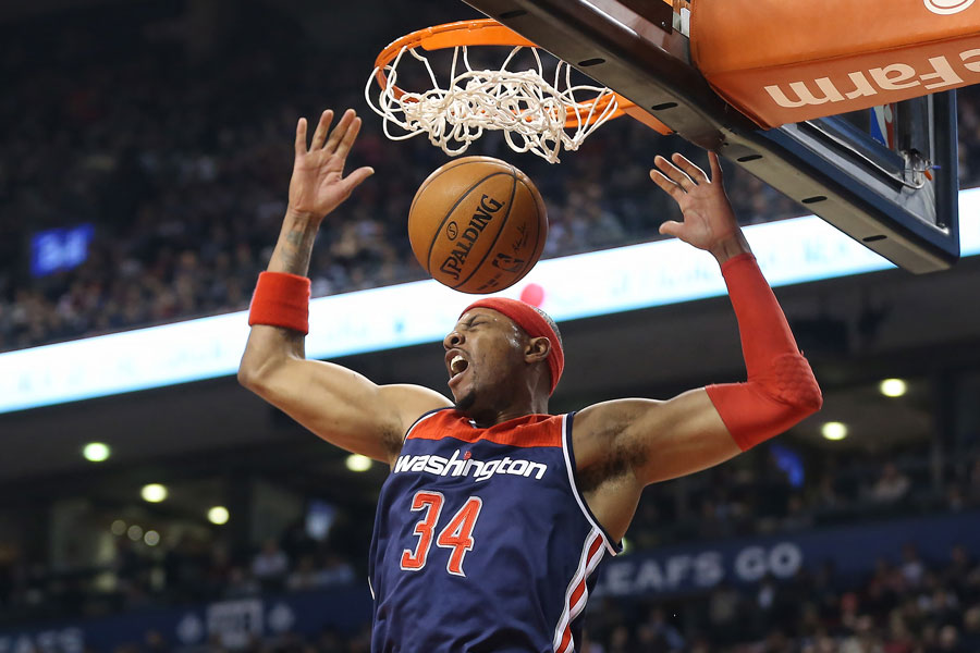 Paul Pierce throws down a big dunk